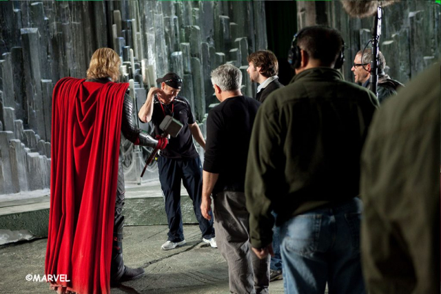 Hemsworth and Paradox on the set of Thor